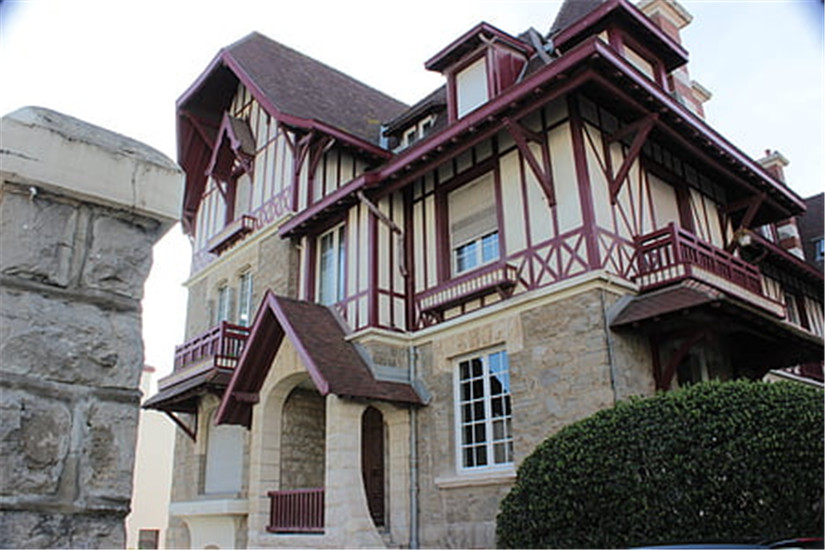 palace-house-castle-modern-architecture-thumb.jpg